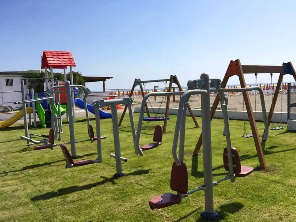 Where can park fitness equipment be applied?